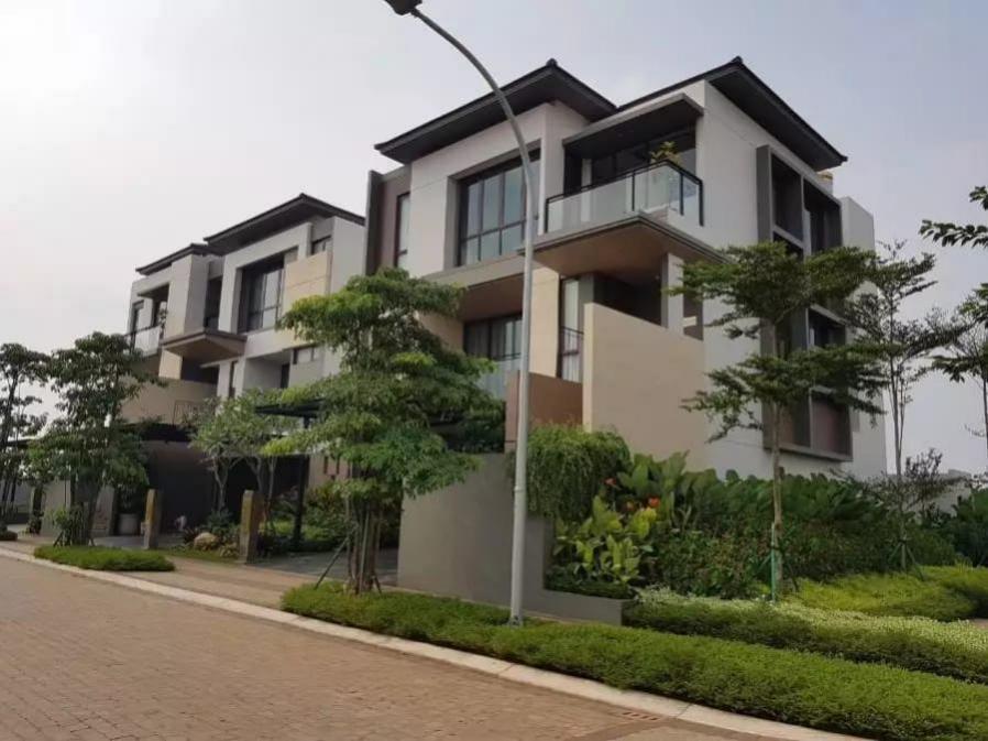 Dijual Rumah The Zora Cluster Kazumi BSD City: di jual Rumah di Jl. Grand Boulevard, Pagedangan, Lengkong Kulon, Kec. Pagedangan, KABUPATEN TANGERANG, BANTEN